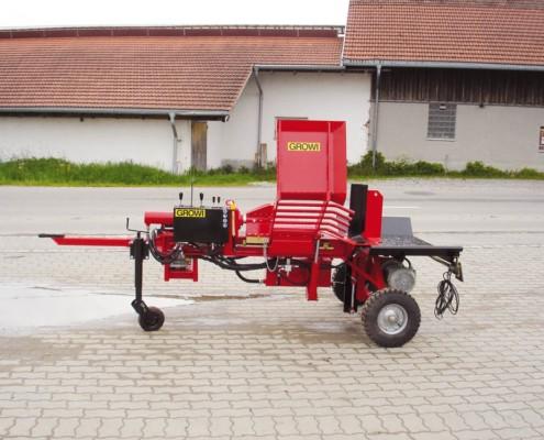 Waagrechtspalter mit Traktorfahrwerk